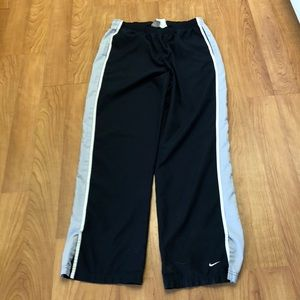 Simple Nike Athletic Pants